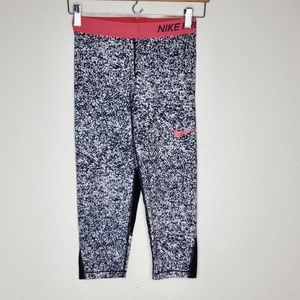 Nike Pro White Black Speckled Capri Pants